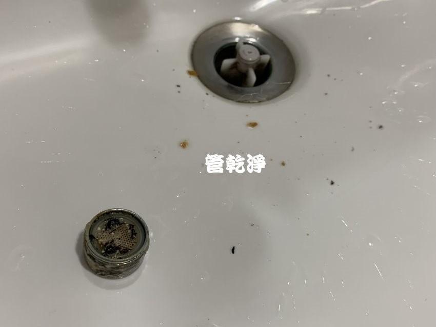 水龍頭噴出棕色髒水? 竹東 新生路 清洗水管